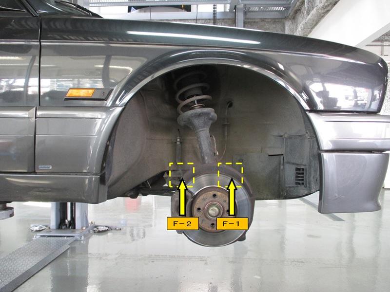 BMW325iCOUPE-E30_NO.2