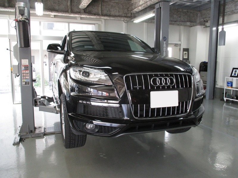AUDIQ7-4LC_NO.1