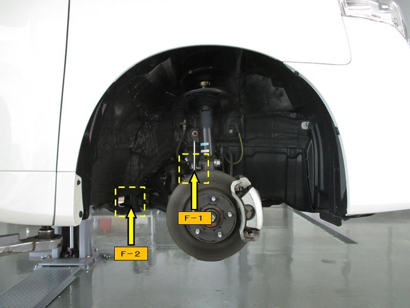 NOAH-4WD-ZRR75G_NO.2